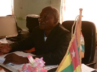 Le préfet de Sotouboua Takouda remerciant les bienfaiteurs