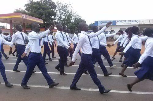 Article : A Sotouboua: la population motivée du défilé du 58e anniversaire de l'indépendance