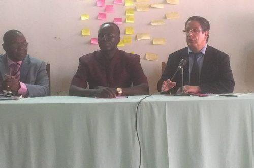 Article : L'ambassadeur de France au Togo dans les locaux de Radio Kara.