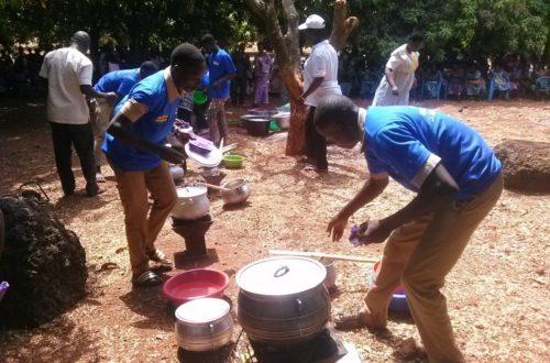 Article : En cuisine, les garçons de Sotouboua peuvent rivaliser avec les filles