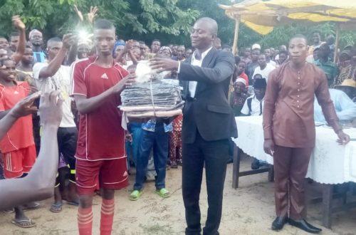 Article : Titigbe Teterou, le dignitaire Boris Djabugou a rehaussé la fête des ignames avec un gala de football