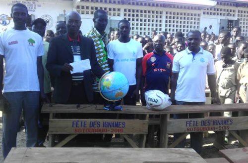 Article : L'ex parlementaire Kpohou Sim soutient les élèves déshérités à Bodjondè