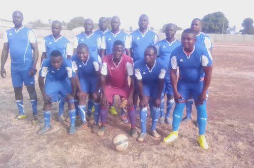 Article : La formation de Cosmos Sport contre Santé Sport de Sotouboua pour marquer les 20 ans d'existence