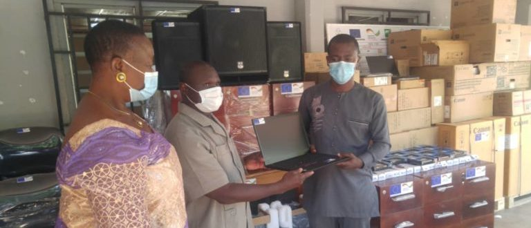 Article : ProDeGol/GIZ: La Commune de Sotouboua 1 équipée en matériels informatiques et de bureau
