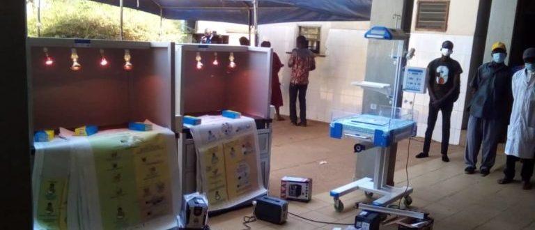 Article : L'ONG RADAR fait don du matériel de réanimation du nouveau-né à Sotouboua et Mô